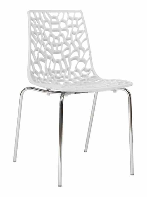 Italiaanse designstoel in opengewerkt kunststof voorzien van chroom frame.