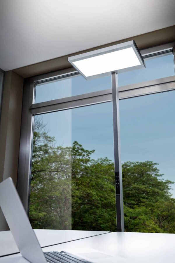 Vloerlamp Luctra Vitawork 12 Sym. PIR, aluminium / zwart